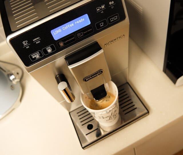 Machine-pour-cafe-long