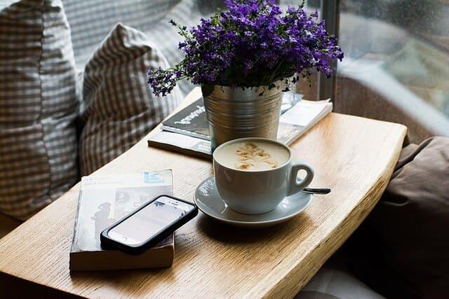table-de-cafe
