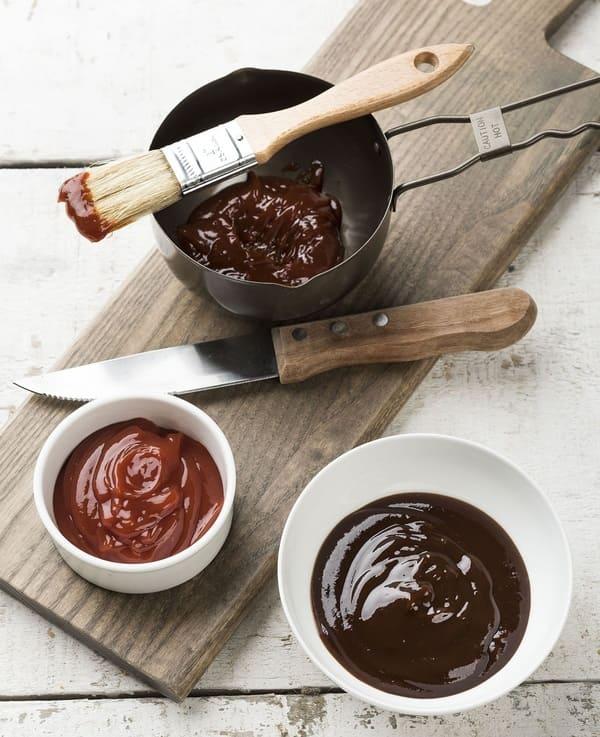 Utilisez-un-moule-a-muffin-pour-servir-les-condiments